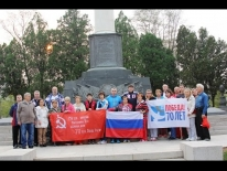 Сборная команда РФ по зимнему плаванию на Воинском мемориале в Порт-Артуре. 2015 г.